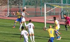 Empate a cero goles entre la SP Villafranca y el CD Badajoz B