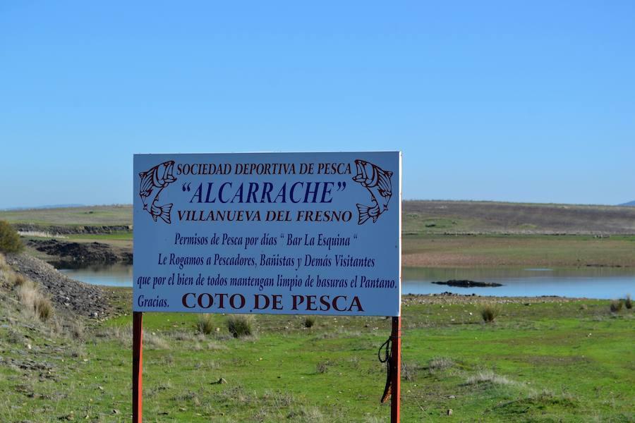 La Sociedad Alcarrache organiza un concurso de pesca navideño