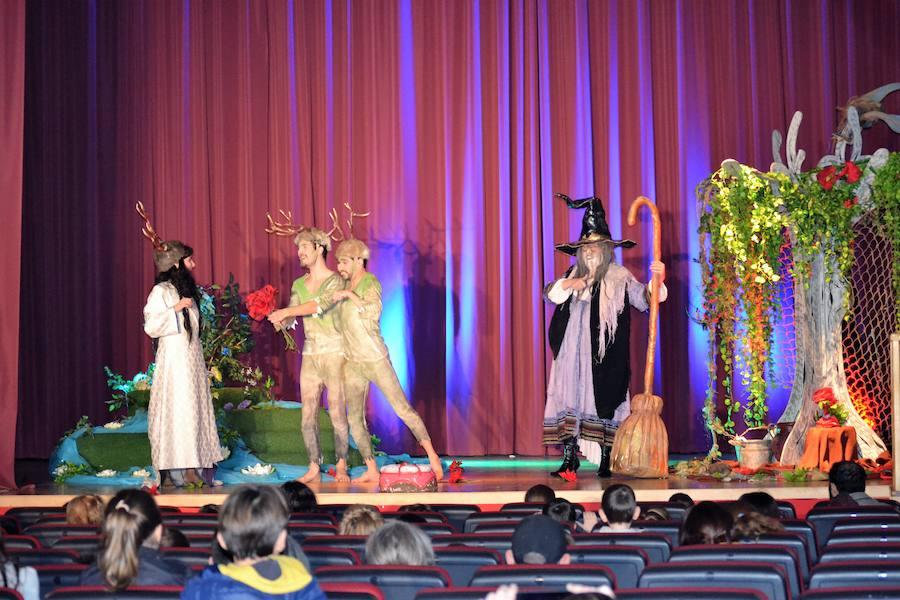 La obra 'Doña Bruja quiere amigos' cerró la agenda cultural de Navidad