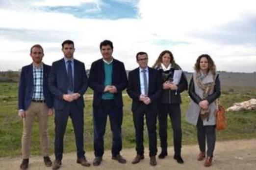 El presidente de la Diputación visitó el regadío en el que invertirá 321.000 euros