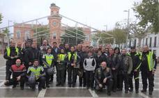 La agrupación de policías y guardias moteros de Extremadura visitó la localidad