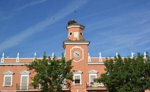 El Ayuntamiento insta a la limpieza de pasto ante el peligro de incendios