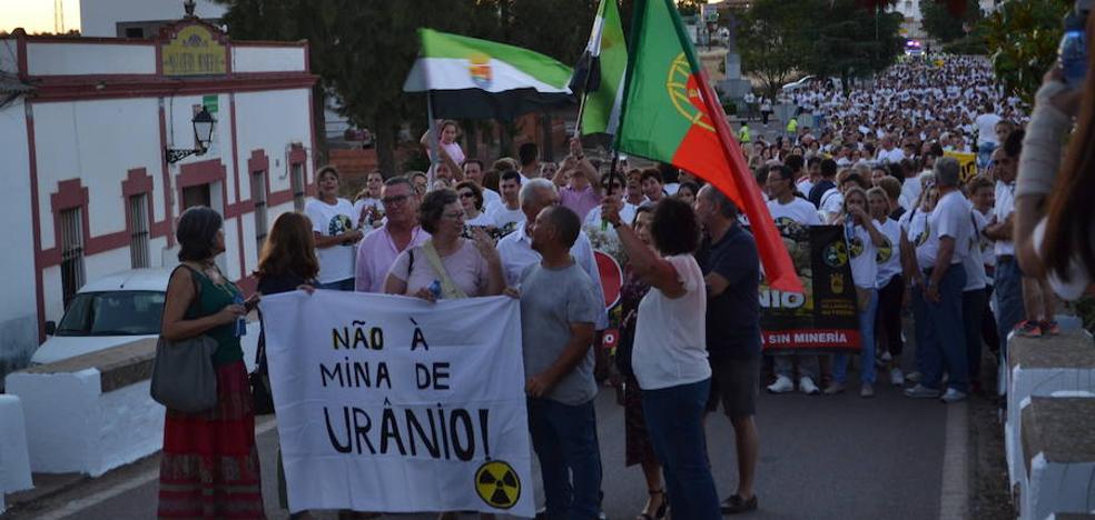 'Dehesa sin uranio' convoca una nueva manifestación en Oliva de la Frontera