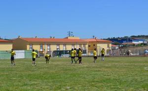 La localidad celebrará el Día del Emigrante con un partido de fútbol
