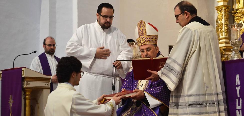 El villanovense José Manuel Álvarez será ordenado Diácono en Fuente de Cantos