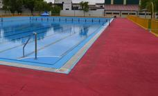 La localidad recibirá 4.150 euros para la instalación de una grúa para personas discapacitadas en la piscina