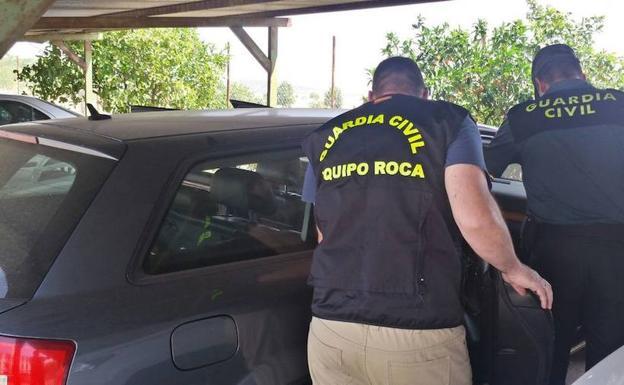 a7e6fd1616a3 El vehículo con los detenidos fue interceptado en Higuerra de Vargas   HOY