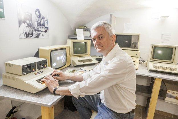 Resultado de imagen de museo ordenadores caceres
