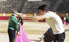 El futuro del toreo extremeño se labra en la Escuela Taurina de Badajoz