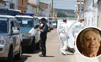 El asesinado en Madrigalejo fue apuñalado antes de que lo quemaran