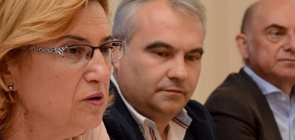 Partido Popular y Ciudadanos firman un pacto para aprobar los presupuestos de Badajoz