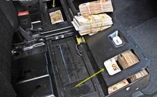 Intervienen 235.000 euros que intentaban sacar por Caya ocultos en el chasis de una furgoneta