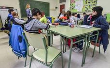 CC OO pide aumentar en 600 docentes la plantilla del próximo curso