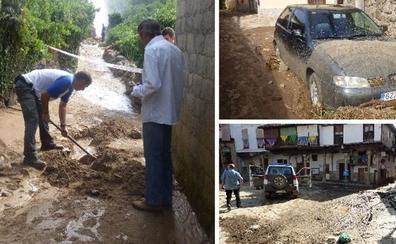 Las calles de Valverde de la Vera se llenan de barro por la rotura en una balsa de agua
