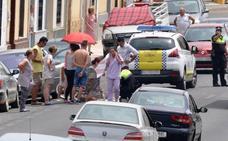 Una mujer resulta herida al chocar su bicicleta con un coche en Don Benito
