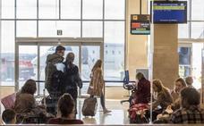 Los vuelos Badajoz-Mallorca se inician este viernes y los de Ibiza empezarán a operar el martes