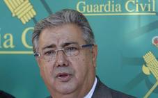 Zoido defiende a la Guardia Civil tras la denuncia de la Generalitat de Cataluña