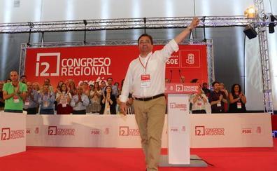 Fernández Vara integra en su Ejecutiva a Enrique Pérez y deja fuera a Eva Pérez