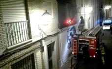 Vecinos de la calle Afligidos muestran su malestar por un nuevo incendio