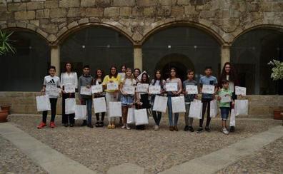 Continúa abierto el plazo de las becas Diputación 'Contigo' 2017