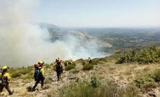 El Infoex trabaja para sofocar un incendio en Garganta la Olla