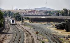 «Llegué un día tarde a mi trabajo por el retraso de un tren extremeño»