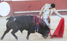 Tomás Campos arrasa con su toreo añejo