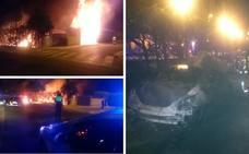 Un incendio en Las Vaguadas calcina dos coches