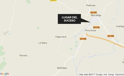 Tres heridos de diversa consideración después de un accidente de tráfico en Moraleja