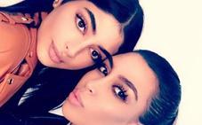 Las hermanas que triunfan por ser clones de las Kardashian