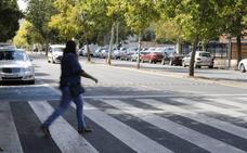 Los trabajos para instalar los reductores de velocidad en la avenida de la Hispanidad de Cáceres arrancan este martes