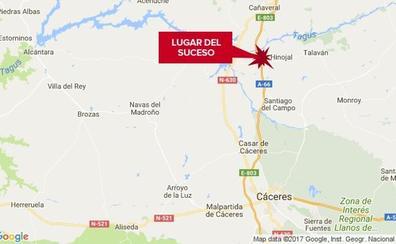 Fallece un hombre de 74 años en Hinojal al caer con su vehículo por un barranco