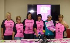 Una maratón de cortes de pelo se une a la Marcha Rosa contra el cáncer de mama