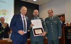 El Seprona recibe el premio San Francisco de Asís del colegio de veterinarios