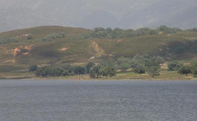 Quejas al abrir la Confederación Hidrográfica del Tajo el embalse de Navalcán para regar en La Vera