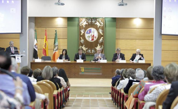 La Universidad de los Mayores de Extremadura cumple veinte