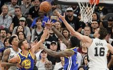 Los Warriors acentúan la crisis perdedora de los diezmados Spurs