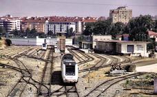 La Junta y Adif coinciden en que las obras del tren Plasencia-Badajoz acabarán en 2019