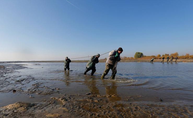 Pesca en la Gran llanura húngara en Hortobagy