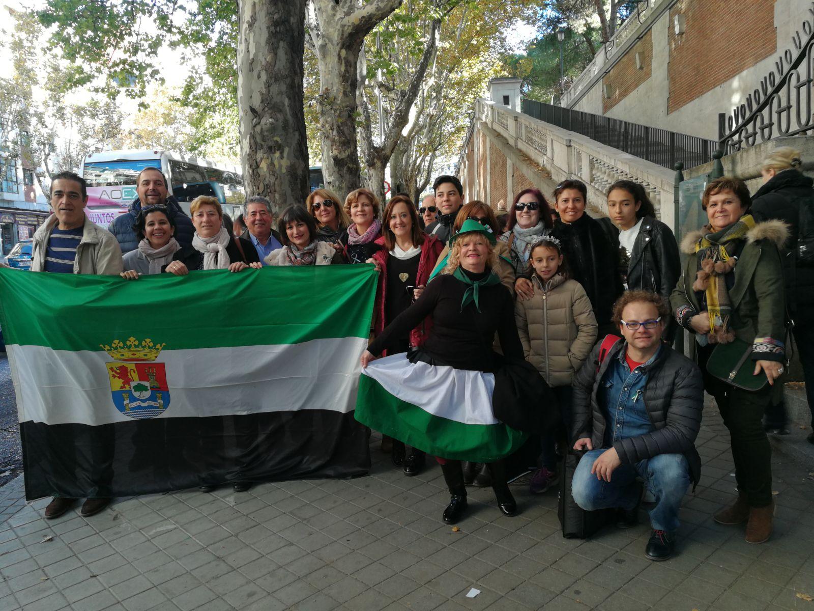Llegada a Madrid de extremeños para la protesta por un tren digno