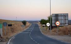 Un cerdo provoca un accidente en la carretera de Valencia del Mombuey