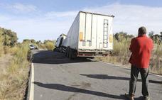 El camino donde ocurrió el accidente mortal de Monroy es «muy peligroso», denuncian los vecinos