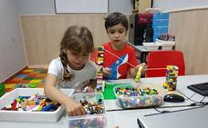 Más de 5.000 niños de nueve países participarán en Badajoz en una feria de robótica