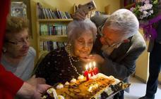 Ana Vela, la mujer más longeva de Europa, cumple 116 años