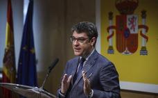 El Gobierno devuelve 200 millones a las eléctricas por el bono social de 2014