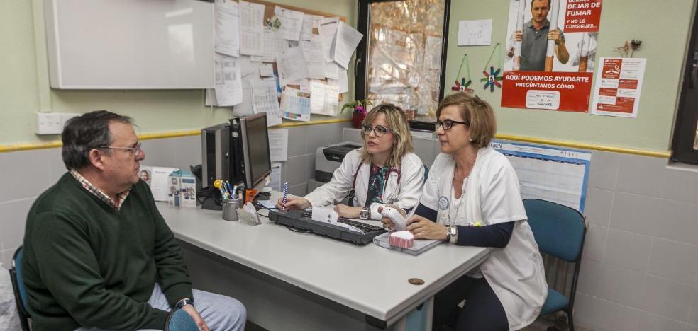 La primera unidad antitabaco en la atención primaria de Cáceres ha tratado ya a unas 100 personas