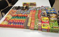 La Policía Local de Badajoz incauta 16.000 petardos y denuncia a cinco tiendas por venderlos