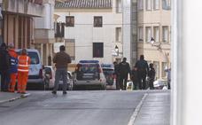 Se entrega el hombre atrincherado con un cuchillo en la casa de su expareja en Requena