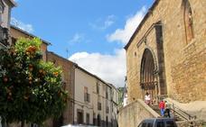La iglesia de Santa María, la más antigua de la comarca, celebra el día de la parroquia