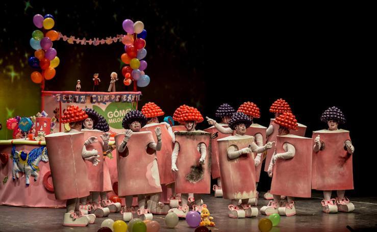 Tercer día de preliminares del concurso de murgas de Badajoz